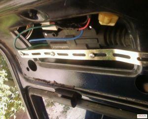 1288523321 1 - Схема подключения кнопки багажника приора