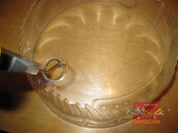 Изготовление мини парника из коробки от торта