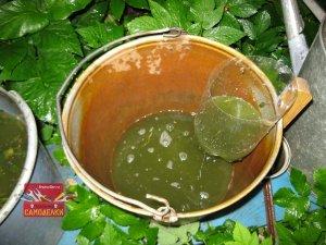 Простенький фильтр для жидкого удобрения из крапивы