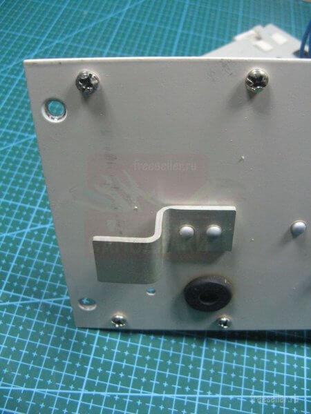 Установка радиатора в зарядное устройство