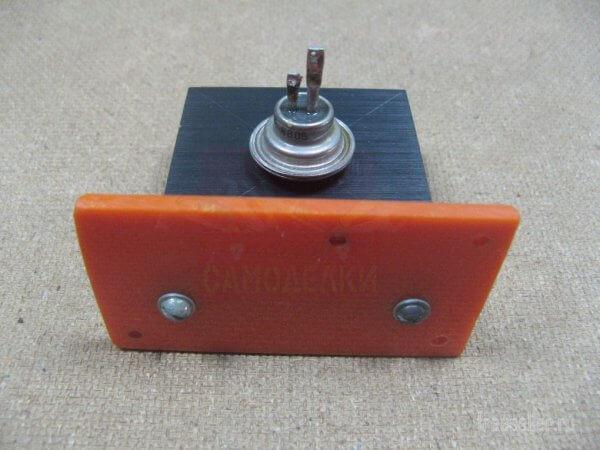 Установка тиристора с радиатором