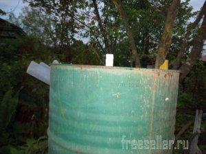 Простой датчик-поплавок для поливочной садовой бочки