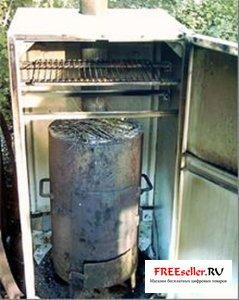 Домашняя коптильня из старого холодильника