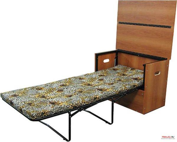 Самодельная кровать раскладушка в  тумбочке