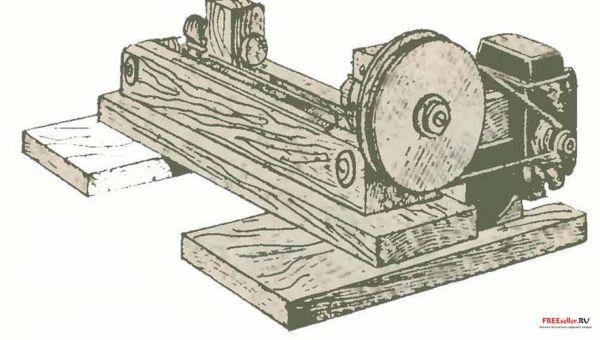 Токарный станок из старых деревяшек
