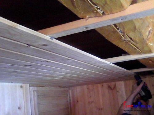 Потолок из шпунтованной доски своими руками 63