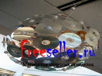 Самодельная люстра из CD дисков