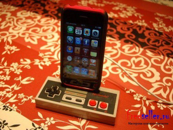 Док станция для Iphone из джойстика