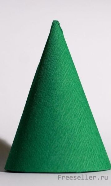 Как сделать ёлочку из гофрированной бумаги