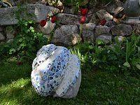 Самодельные фигурки для сада - улитки