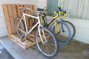 Парковка для велосипедов из поддонов