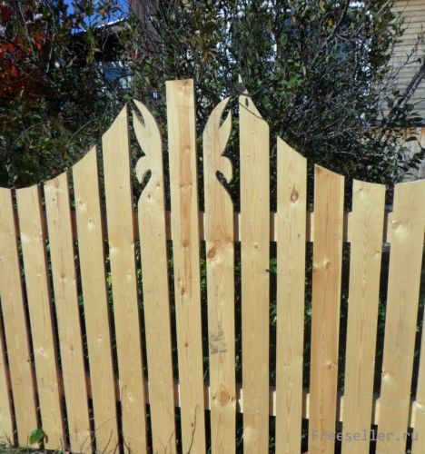 Сделать забор из дерева своими руками