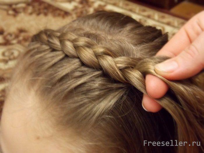 Как сплести обруч из волос.