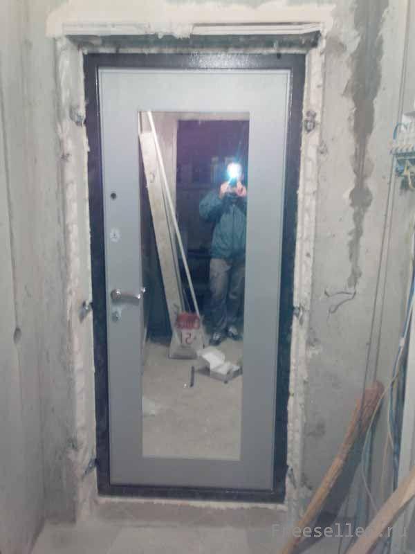 Зеркальная дверь своими руками