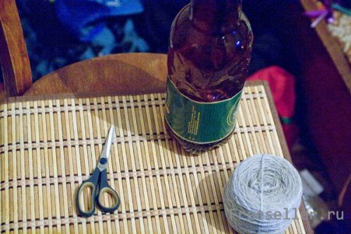Подставка для карандашей из пластиковой бутылки