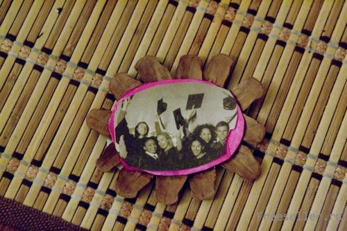 Фото рамка своими руками из картона на стену