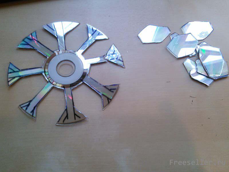 Снежинки из дисков своими руками фото