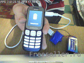 Зарядка телефона из батарейки Крона своими руками.