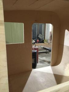 Изготовление прицепа Капля своими руками - укрываем стены акриловым составом