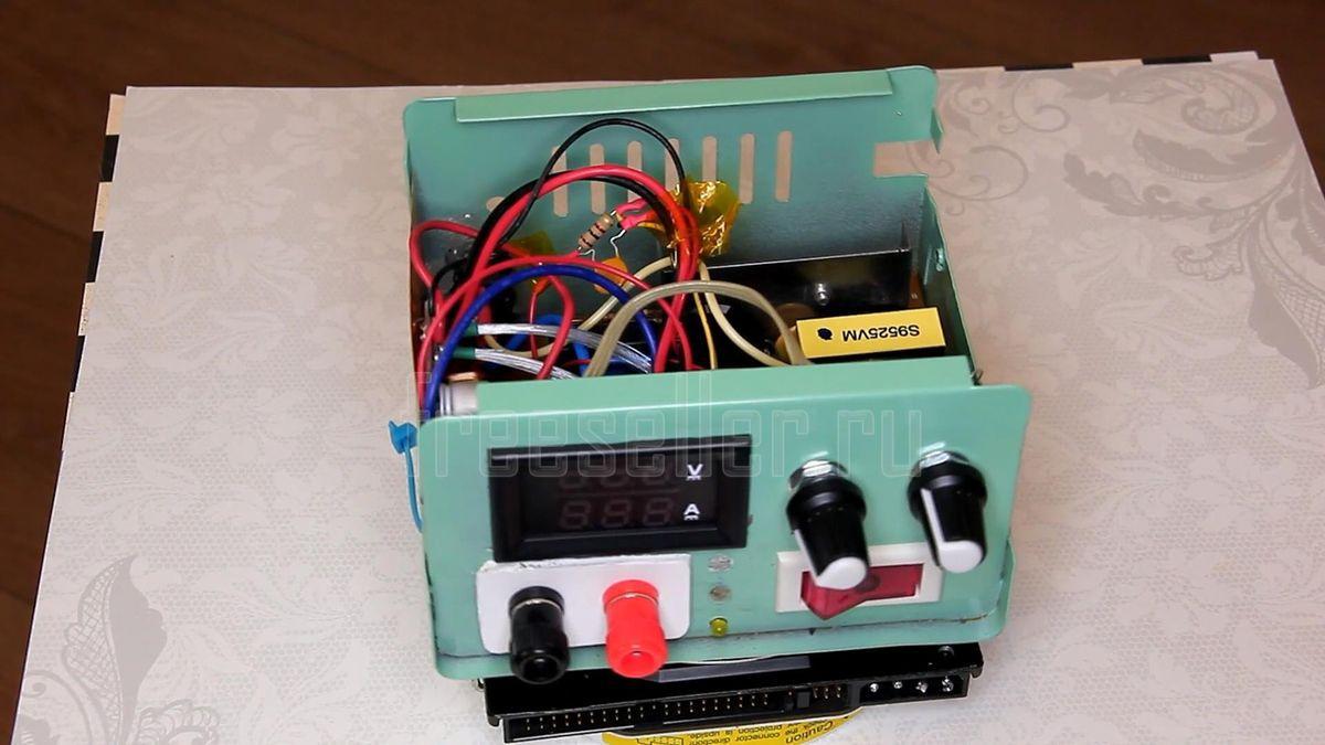 Лабораторный блок питания из компьютерного 0-30в 0-10а