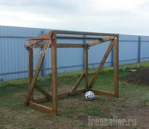 Деревянные футбольные ворота
