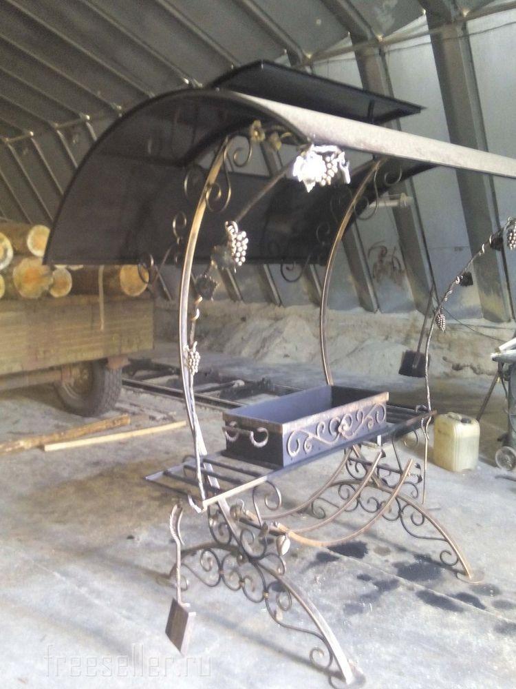 мангал с элементами ковки фото