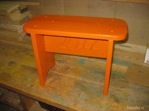 Самодельная скамеечка для садово-огородных работ